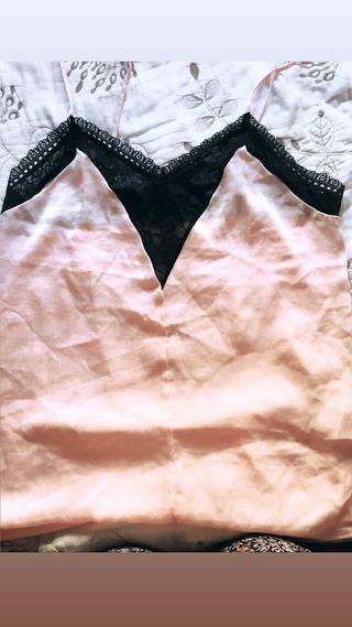 Blusa con encaje