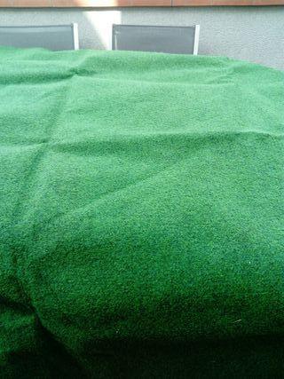 césped artificial para cubrir suelo o poner debajo