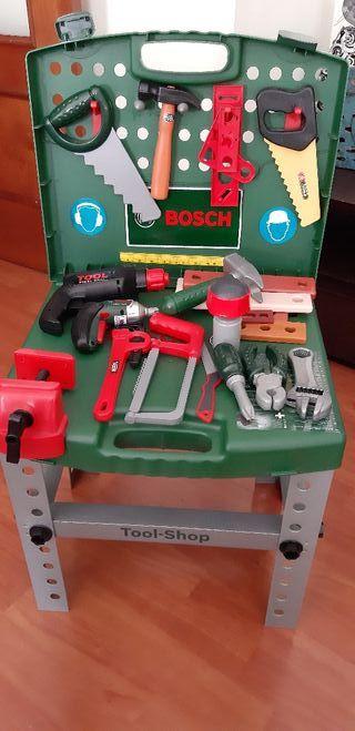 Banco de herramientas Bosch infantil.