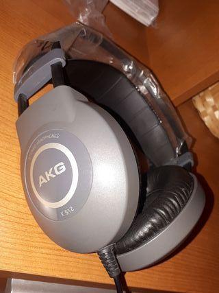 Auriculares profesionales de estudio AKG K512