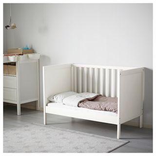 Cuna Ikea más colchón