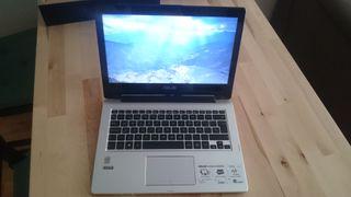 Portátil convertible en tablet ASUS TP300L