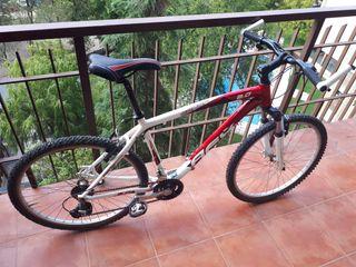Bicicleta Conor AFX 2.0