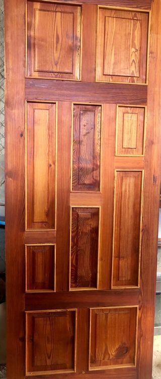 9 puertas de madera de norte viejo
