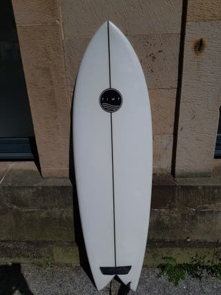 tabla de surf twin fin