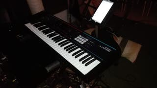 Roland Juno DS-61 Teclado Electrónico Sintetizador