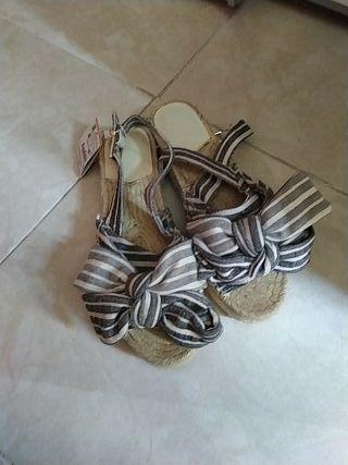 sandalias nuevas stradivarius