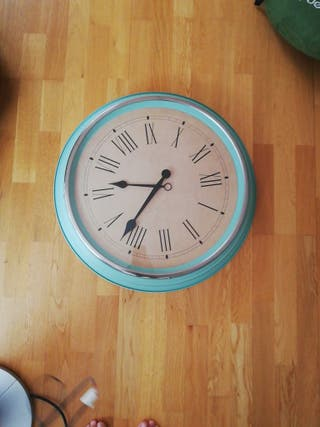 Reloj grande verde turquesa