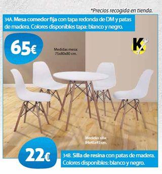 Silla y mesa de resina con patas de madera