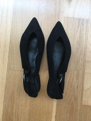 Zapato plano nuevo