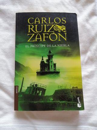 """Libro """"El Príncipe de la Niebla"""""""