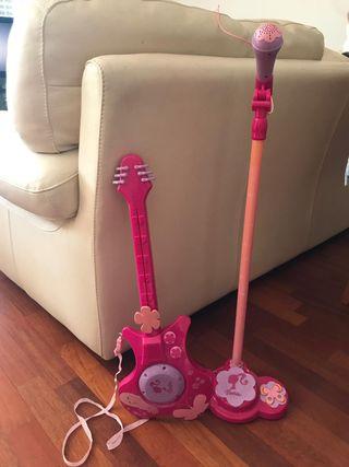 Guitarra y Micrófono Caja de Ritmos Barbie
