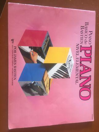 Piano Básico de Bastien, nivel elemental.