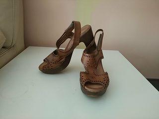 Zapatos de piel.Núm 39