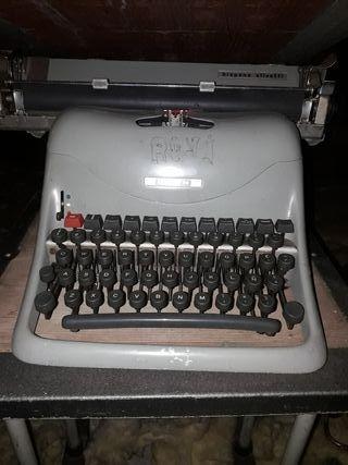 Maquina escriure antiga