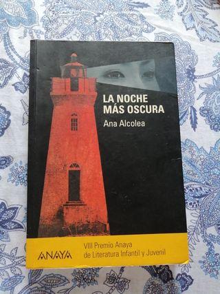 """Libro """"La Noche más Oscura"""""""