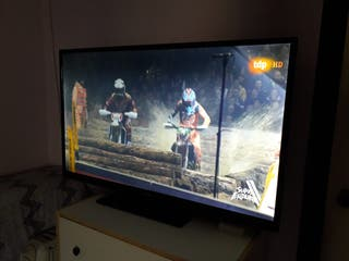 "TV PHILLIPS 50"" + MANDO"