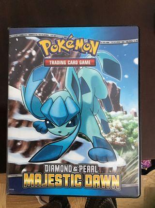 Colección cartas pokemon con libro y póster