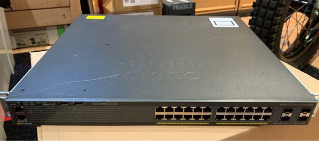 Cisco Catalyst 2960XR-24PD - I Switch