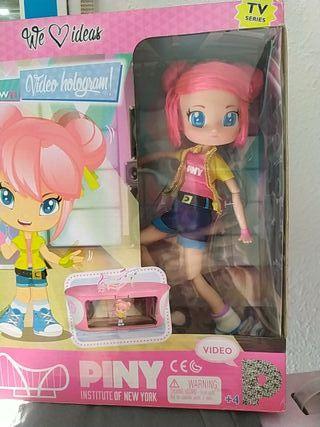 muñeca Piny Dance
