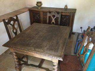 Comedor con 6 sillas y aparador