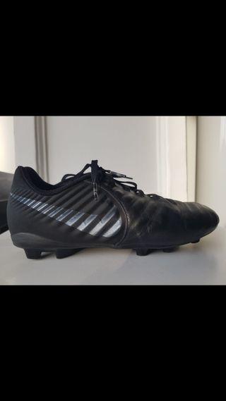 Zapatillas fútbol 7 césped artificial !