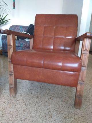 2 sofá cuero y madera roble