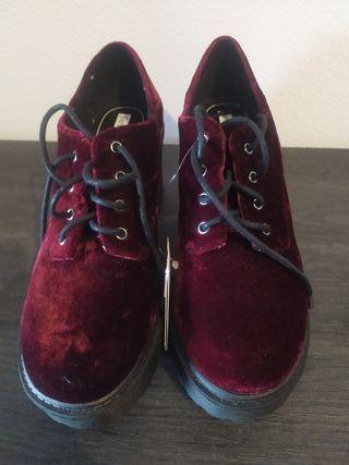 Zapatos Terciopelo Bershka