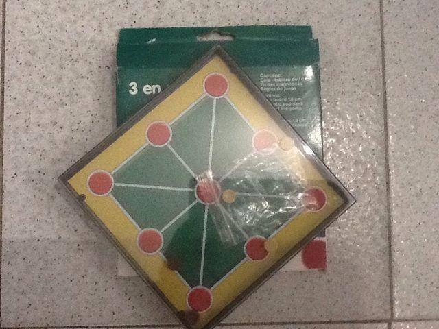 Juego Tres en Ralla Magnetico