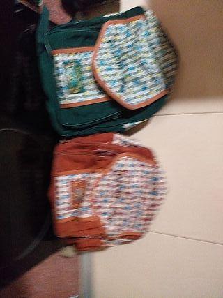 dos mochilas económicas
