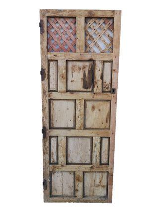 Puerta alacena antigua