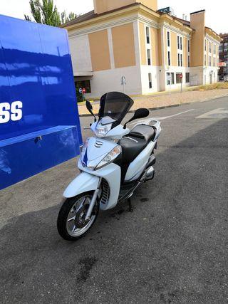 Honda SH 300 del 2012