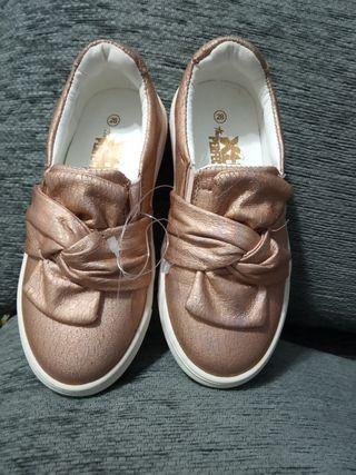 Zapatillas para niño de segunda mano en El Mami en WALLAPOP