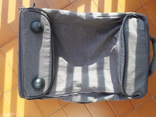 maleta viaje Kipling gris