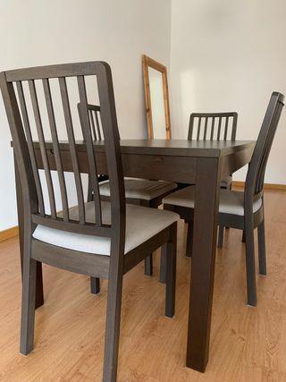 Mesa de comedor extensible como nueva 2,20mts