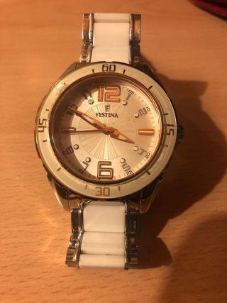 Reloj Festina de segunda mano por 45 € en Ponferrada en WALLAPOP