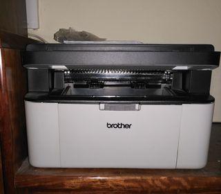 Impresora láser monocromo Brother DCP 1610W