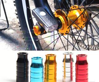 soporte de lintera pinchos liberación rápida bici