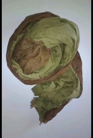 Fular Surkana verde y marrón