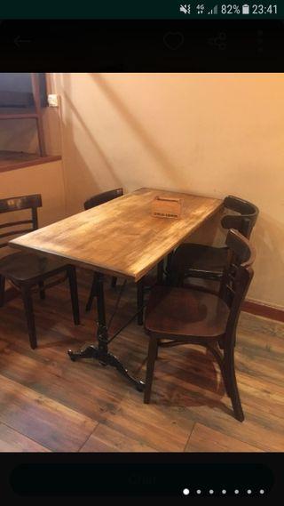 lote de mesas y sillas