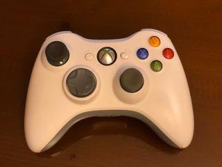 Mando de Xbox 360 blanco impecable