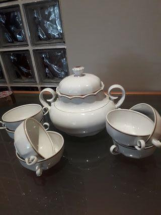 Sopera y tazas consomé de porcelana autentica