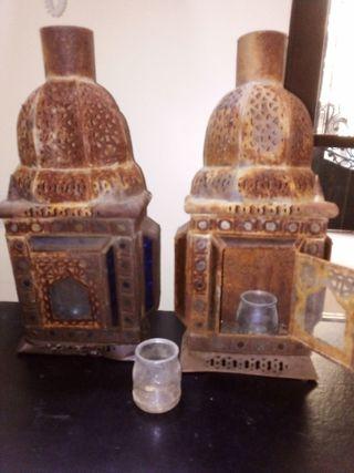 Dos Faroles imitación árabe,