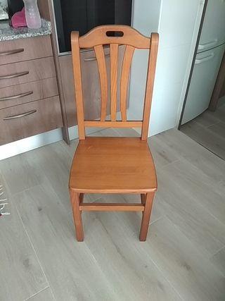 cuatro sillas