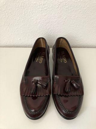 Zapatos castellanos piel. Talla 43. Sin estrenar