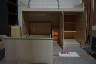Cama tren madera clara 2 camas con armario