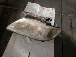 P14246 - Faro izquierdo XSARA 2 OPTICAS H7X2