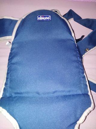 mochila porta bebés chicco