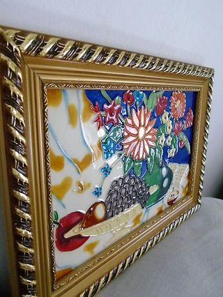 Cuadro en relieve. Bodegón multicolor.