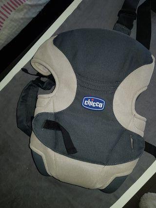 mochila portabebe chicco
